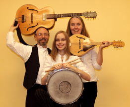 Image of Ensemble M'chaiya as a trio