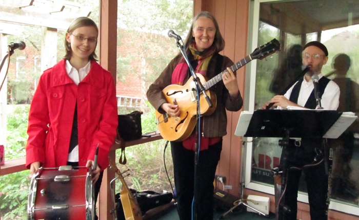 Image of Ensemble M'chaiya (tm) at Caryl Thompson's 90th birthday May 2013 – same porch. © 2013 Modal Music, Inc. (tm) All rights reserved.